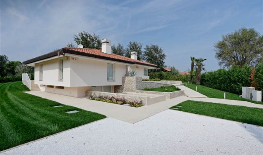 Villa unifamigliare – Albarella (Rosolina – RO)